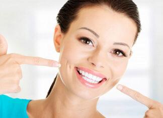jak korzystać z nici dentystycznych