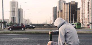 Jak zachowuje się alkoholik