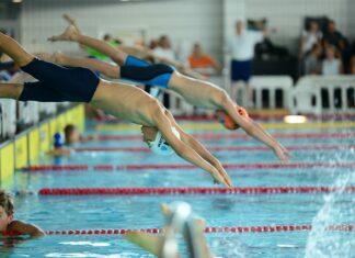 Pływanie daje wiele korzyści